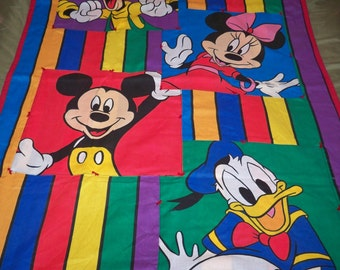"""Mickey Mouse """"""""Big Kid"""" Quilt"""