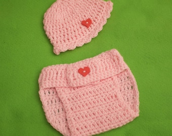 Heart hat and diaper cover set.  Size newborn to 3 months.