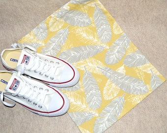 Gray and Yellow Feather Drawstring Travel Shoe Bag
