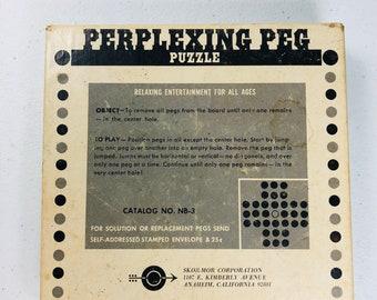 Vintage Skor-Mor Perplexing Peg Puzzle No NB-3 USA Vertical Horizontal Moves Wooden Puzzle