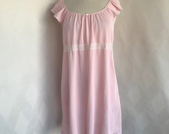 Vintage 1960s Soft Pink Nightgown
