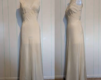 1930's Cream Silk Nightgown with Lace Detailing