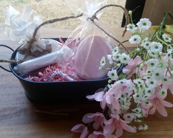 Mother's Day Gift Basket / Soap Gift / Pre-Made Gift Basket / Thank You Gift