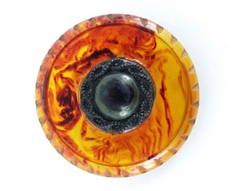 """Vintage 2"""" Carved Bakelite Coat Button // early plastic // catalin // marbled // swirl // root beer // tortoise // large // crafts // tested"""