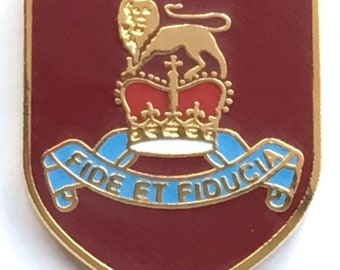 Pay Corps Regiment Crest Military Enamel Lapel Badge