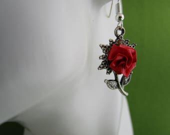 Tiny flower earrings, tiny flowers, red flower earrings, tiny earrings, red rose earrings, dainty drop earrings, dainty earrings