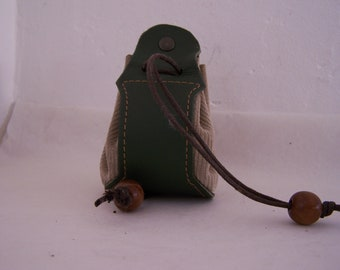 Leather purse green and beige purse beige, and green leather purse in green and beige leather, for storing coins, jewelry, dice