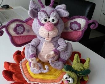 Crochet butterfly, flower with cricket