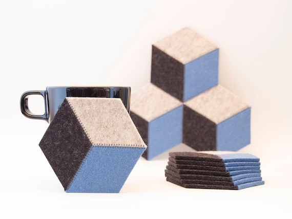 Set of light blue and grey felt coasters / wool felt coasters / hexagon coasters / geometric coasters / handmade / gift idea / made in Italy