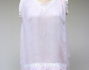 Vintage 1920s Blouse / 20s Pink Voile Embroidered Smocked Top / Extra Small