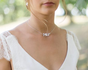 """FIORA"" IN SILVER OR SILVER BRIDAL NECKLACE GOLD FLOWER CLUSTER"
