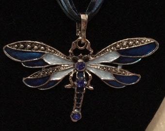 Dragonfly Pendant Necklace in Blue