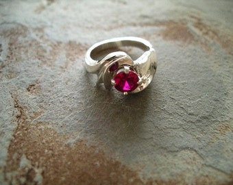 Ruby Ring made in Sterling Silver and Synthetic Ruby RF185