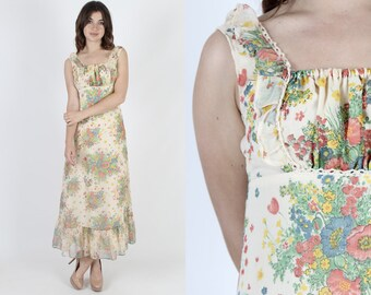 Maxi Dress 70s Dress Bright Floral Dress Garden Dress Bohemian Dress Vintage 1970s Ivory Boho Wedding Summer Hippie Prairie Long Dress S
