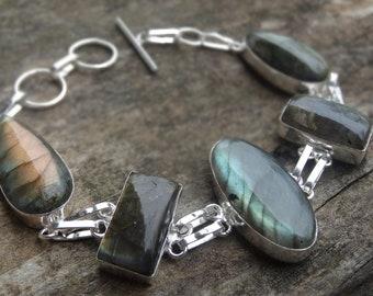 Natural Fiery LABRADORITE Sterling silver Bracelet - Sterling Silver Natural Stone Bracelet - Boho chic Bracelet - Labradorite Bracelet