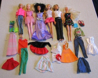 A Lot of 5 Barbie Dolls and 1 Ken Doll w/Accessories1
