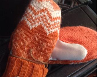Ski sweater mittens, medium