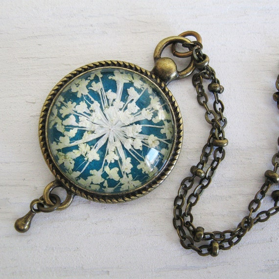 Mother's Day Gift - Real Pressed Flower Necklace - Turquoise Queen Annes Lace Vintage Inspired Necklace