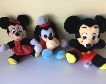 Vintage Walt Disneyland Disney World Mickey Mouse Minnie Mouse Goofy plush