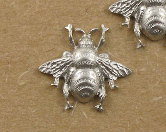4 small matte silver BEE jewelry embellishment . 17mm x 19mm (FF42c). Please read description