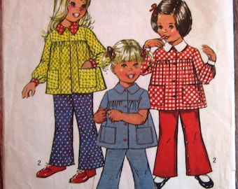 Toddler Girls Smock-Top and Bell-Bottom Pants Size 1/2 (one-half) Vintage 1970s Simplicity Pattern 5219 Cut/Complete