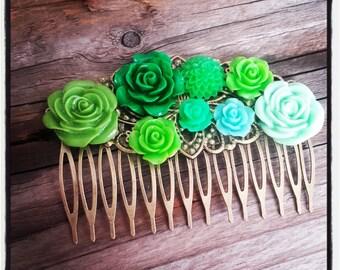 Hair comb flowers accessory, green wedding, vintage wedding hair