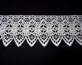 Cross Design Venise Lace