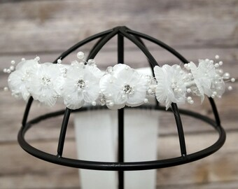 White Flower Girl Headband Flower Girl Wreath - Flower Girl Headpiece Flower Halo - Girls Floral Headpiece - First Communion Headpiece