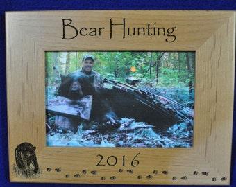Hunting Frames ~ Bear Hunting Frame ~ Hunting Gift ~ Gift For Hunter ~ Hunting Picture Frame ~ Bear Hunter Gift ~ Bear Hunting ~ Bear Frame