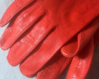 Cherry red/Blossom/calfskin/butter soft/red/leather/vintage/driving gloves