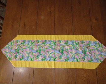 Table Runner - Easter - Bunnies, Tulips, Easter Eggs & Baskets