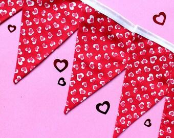 Valentines day decor - heart bunting - valentines day garland - valentines day banner - valentines banner - heart decoration - heart banner