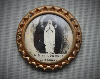 Antique Miniature Lourdes Pocket Shrine / Antique Catholic Travel Shrine / Our Lady of Lourdes Pilgrimage Souvenir