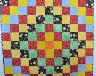 Busy Bee Trip Around the World Quilt