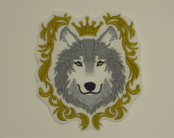Animal  Iron-on Patch. Embroidered Patch. Sew-On Patch. Wolf in Crown Patch