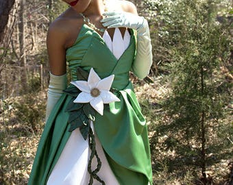 Princess Tiana from Disney's Princess and the Frog Costume/Cosplay for Adult or Child