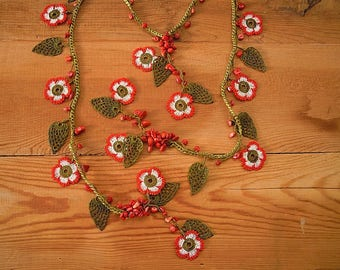 red white crochet flower necklace, lariat necklace