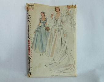 1952 Pattern - Misses' Bridal Gown Bridesmaid Dress Veil Headdress - Uncut Simplicity 4084 Size 12 - Vintage 1950s Sewing Pattern - 30-25-33