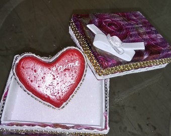 Customize boxes with clay wedding heart Valentine's day