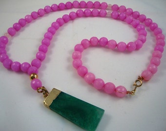 "32"" long light pink agate layering necklace with green agate pendant"