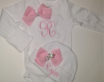 baby girl coming home outfit  - personalized hospital beanie - newborn hospital outfit - baby girl outfit, baby girl bodysuit, monogrammed
