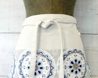 Womens Half Apron with Pockets / Gray Blue Apron / Gray Apron / Waitress Apron / Teacher Apron / Work Apron