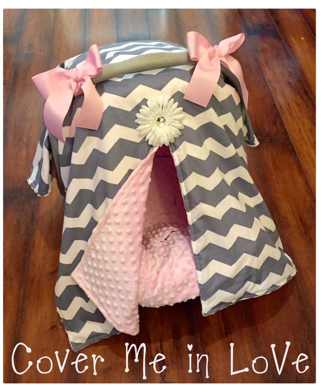 ?zoom  sc 1 st  Etsy & Car seat canopy grey chevron and pink minky