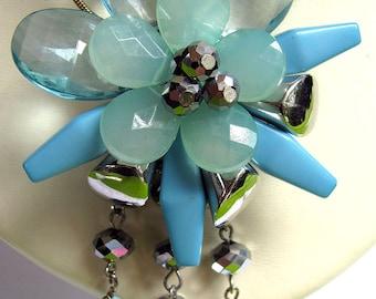 Beaded Flower Pendant Blues