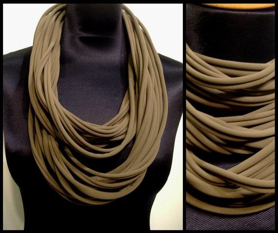 Promo Studio space. Collar/necklace in khaki green Lycra fabrics. Stretch fabric Choker
