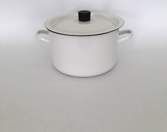 Enamelware Vintage Stockpot with Lid