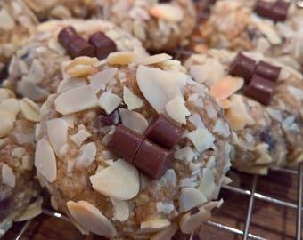 14 Toasted Almond & Dark Chocolate Lactation Cookies