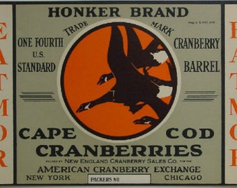 1930s Cranberry Barrel Honker Geese in Flight Cape Cod Cranberries Label