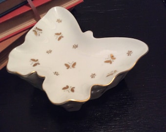 Vintage Porcelain Butterfly Trinket Box Ring Dish Dresser Vanity  -Valentines - Bridal Shower Gift Shabby Chic Collectible