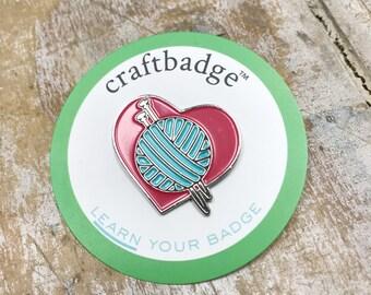 Knitting Love Craftbadge craft enamel pin